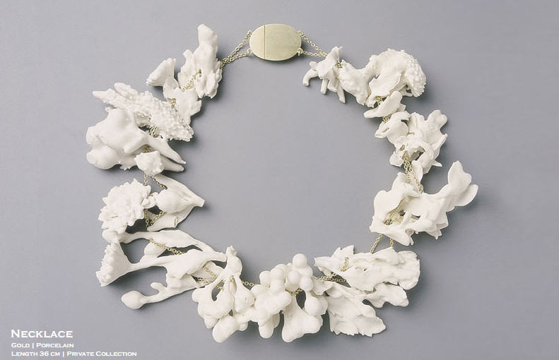 Evert NIJLAND - necklace white porcelain