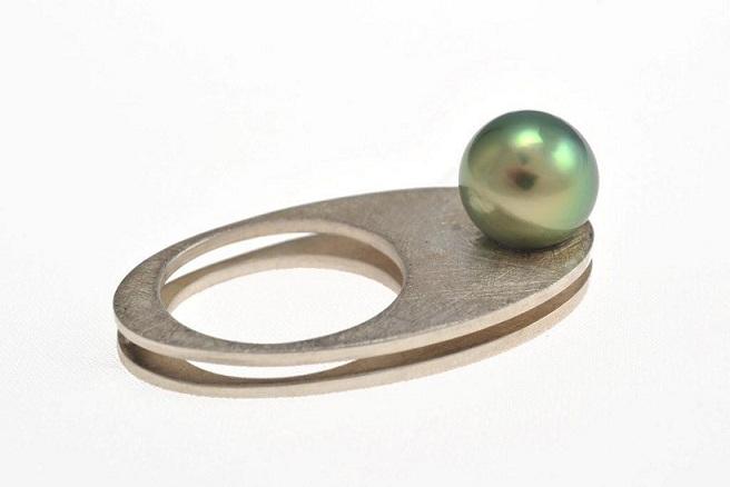 Galerie SYMBIOSE - bague argent et perle