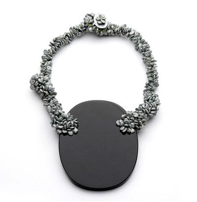 Iris Bodemer - neckpiece