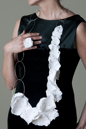 Cynthia del Giudice - Fused Plastic Necklace - expo 'Paper or Plastic'- 2010