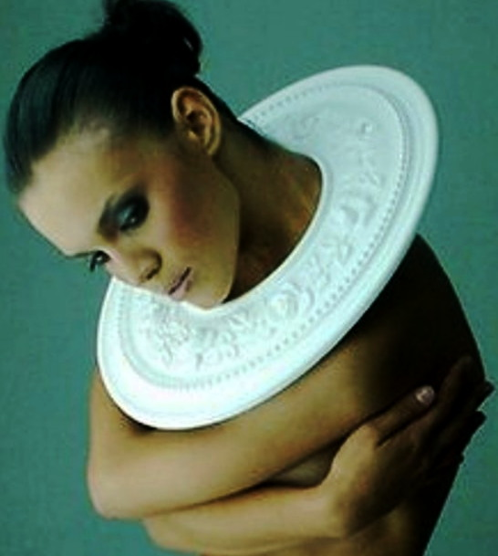 ELA CINDORUK - necklace, made from polyurathane, rosette wall moulding,