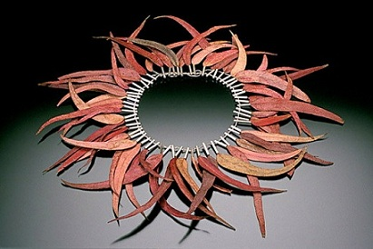 Sarah HOOD - 'big sur' necklace - sterling silver, eucalyptus leaves, wool yarn