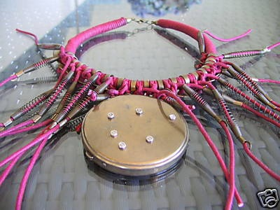 pinky- FIFI LA FERRAILLE -Collier PIECE UNIQUE
