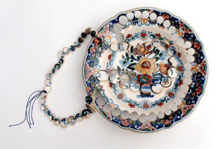 Gésine Hackenberg - 'Kitchen garniture' collier- grès, fil
