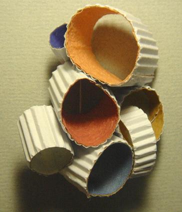 China...- Di Fu - brooch - winding 2010 - paper, metal wire